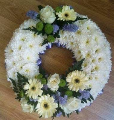 Massed Open Wreath